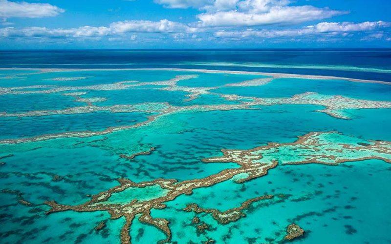 Australia-great-barrier-reef-queensland